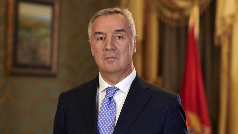 Ѓукановиќ: Нема да го повлечеме законот, имотот на СПЦ е всушност имот во сопственост на Црна Гора