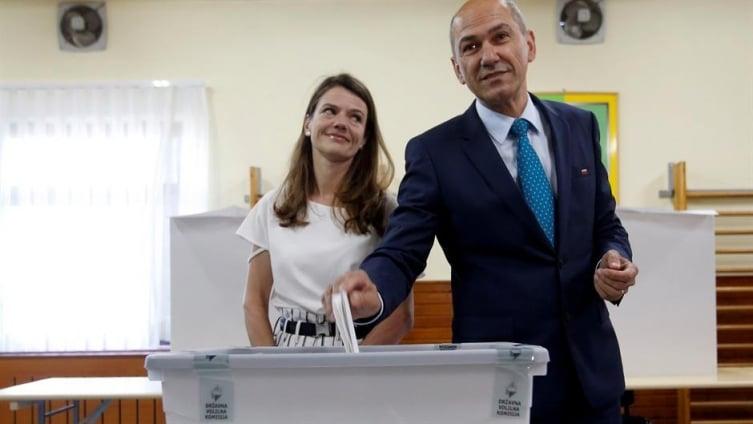 """Јанша за пишувањата на """"Ла верита"""": Изборни измами на премиерот сакан од ЕУ"""