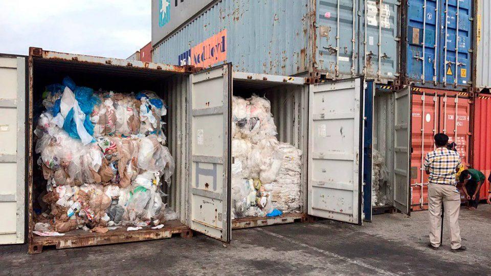 Малезија им го врати отпадот на богатите земји и им наложи сами да ги платат трошоците