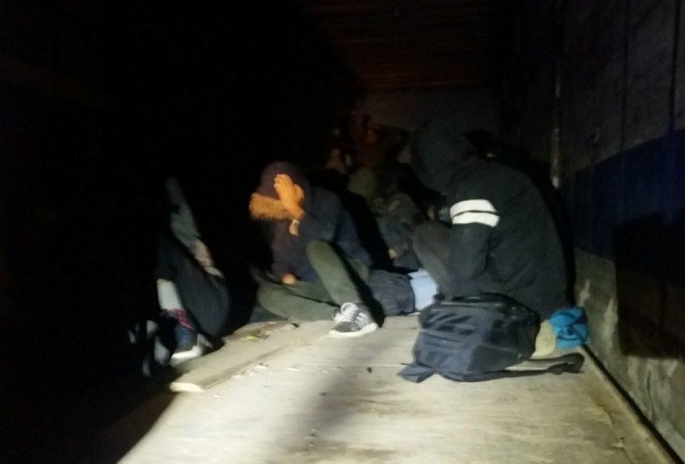 Во товарен воз откриени четворица мигранти