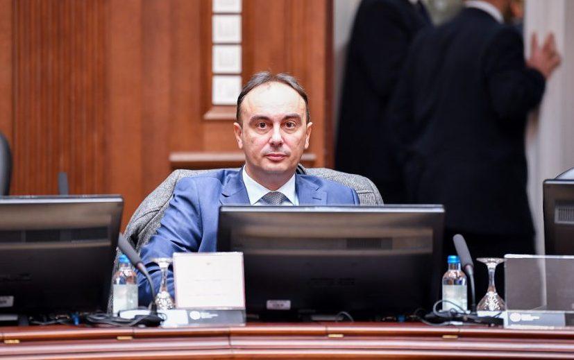 Чулев: Одлуката за ограничување на движењето не е идеална, но треба да се почитува