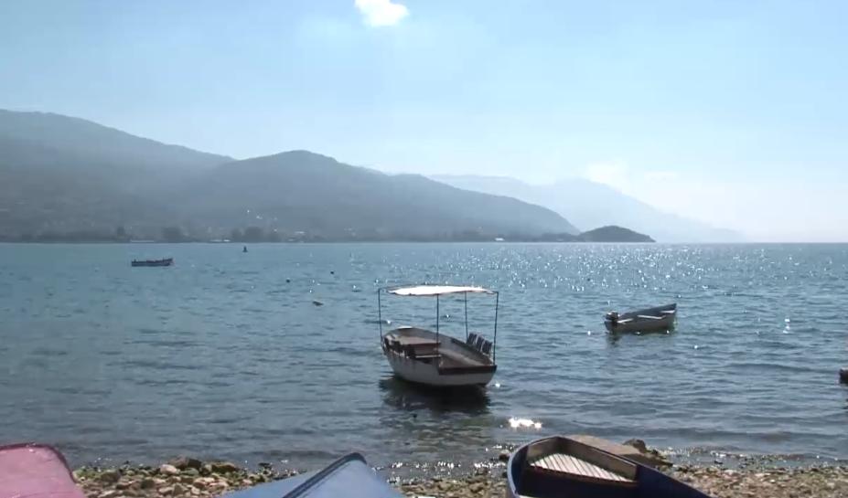Организираниот криволов на риба од Охридското Езеро е јавна тајна