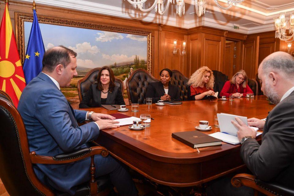 Спасовски-Брнз: На парламентарни избори државата влегува со подобра институционална стабилност