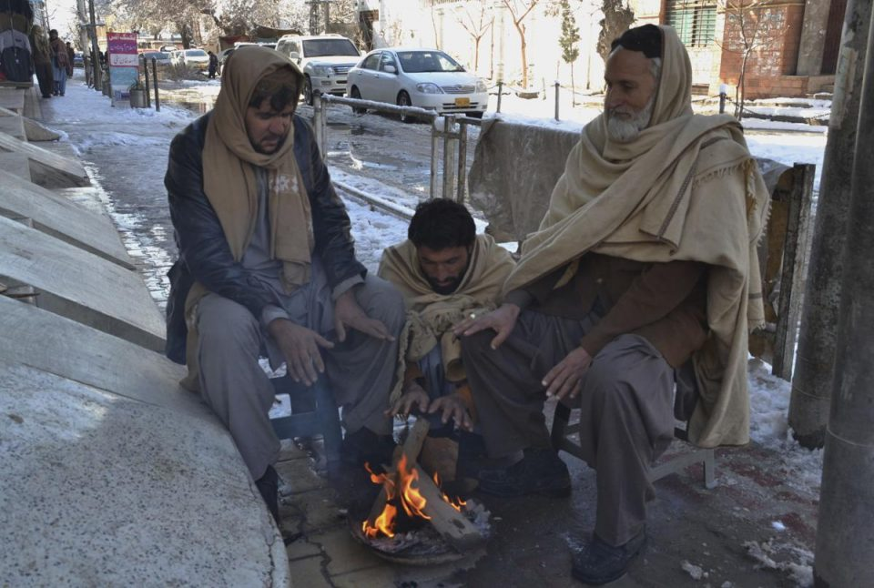 (ВИДЕО) Над 40 жртви во невремето во Пакистан