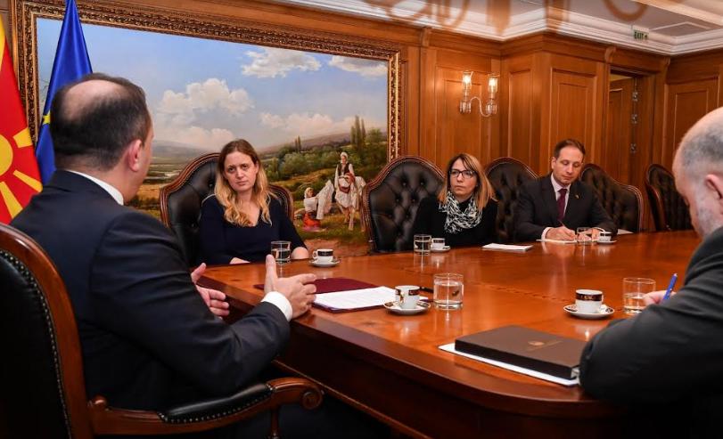 Спасовски – Галовеј: Доведувањето во прашање на постигнатите реформи и договориможат да донесат сериозни последици за земјата