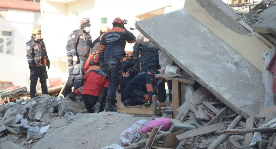 Спасено уште едно девојче после 91 час од земјотресот во Турција