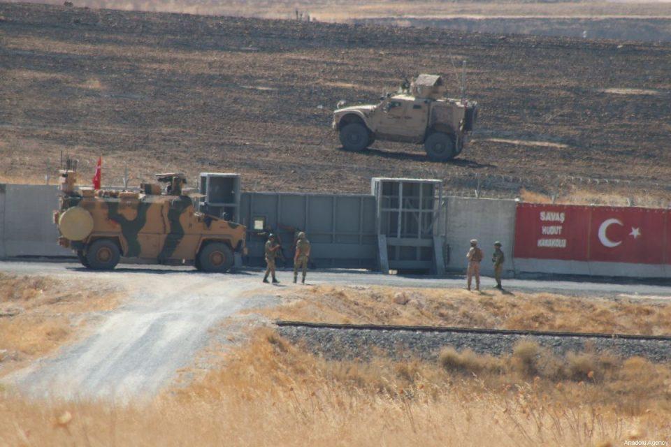 Тројца турски војници загинаа во Сирија при експлозија на автомобил-бомба