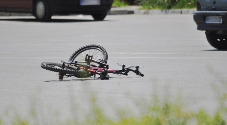 """""""Ауди"""" удрило деветгодишно дете на велосипед"""