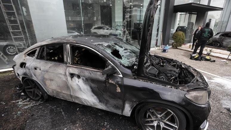 Го полил возилото со бензин и го запалил: Беровец доби 30 девен притвор