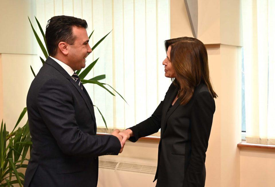 Средба на Заев со амбасадорката Брнс: Да продолжат реформите што се во интерес на граѓаните