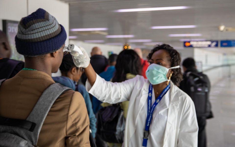 Бројот на заразени со корона вирус во Африка се искачи на 14.528 луѓе