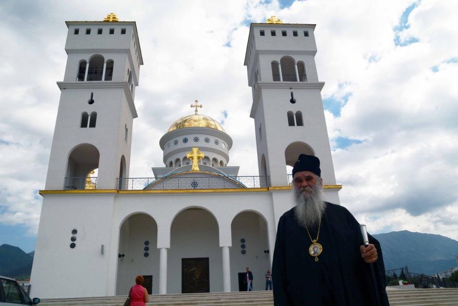 Црногорскиот премиер и СПЦ утре ќе разговараат околу Законот за слобода на вероисповед