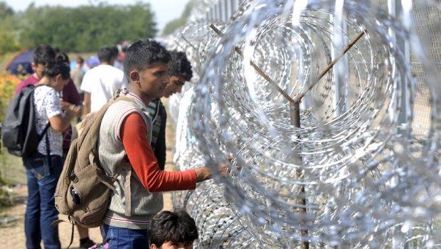 Унгарија ги изгладнува азилантите за да ја запре имиграцијата