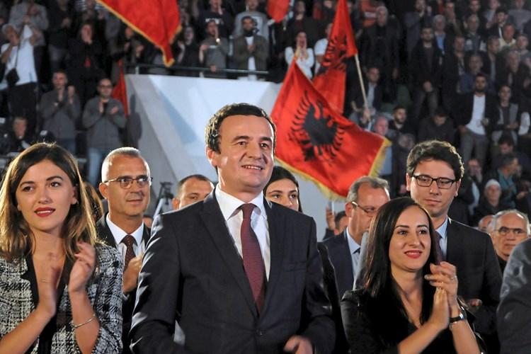 """Смртни закани за Курти: """"Ќе го наградам тој кој ќе ми ја донесе главата на албанскиот Фидел Кастро"""""""