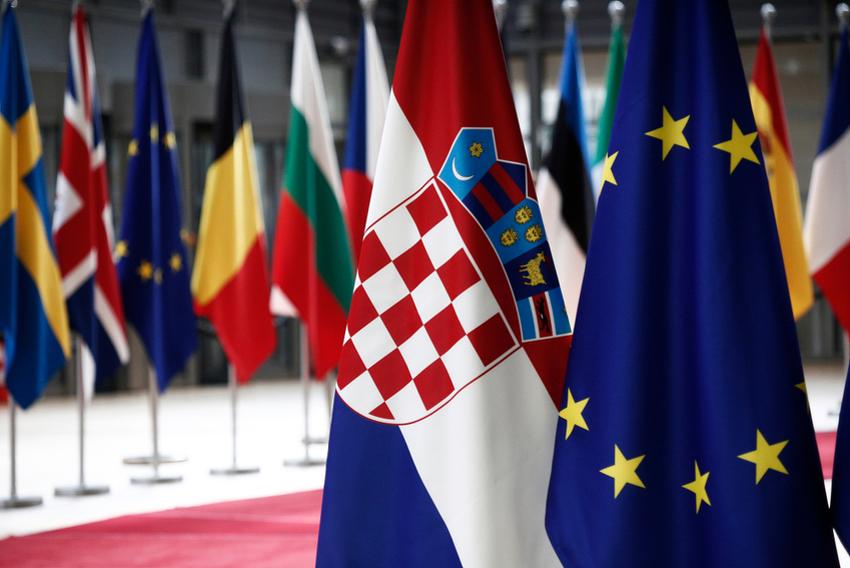 Европската комисија ја укори Хрватска за неисполнување на своите обврски