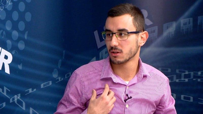 (ВИДЕО) Интервју со Борјан Ефтимов: Од шарен револуционер и пленумец до кандидат за студентски лидер