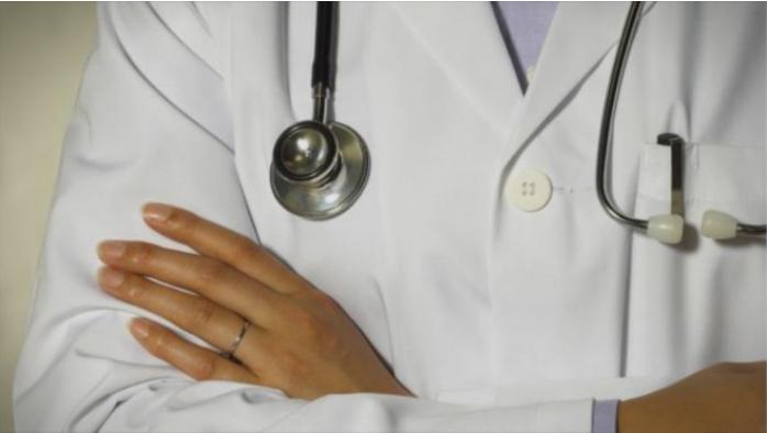 Засега нема санкции за медицинското лице што патуваше во Занзибар и покрај забраната за користење на одмор
