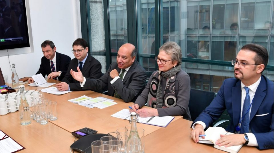 Да ги исполни критериумите на ЕУ, Македонија ќе добие поддршка од ЕБОР