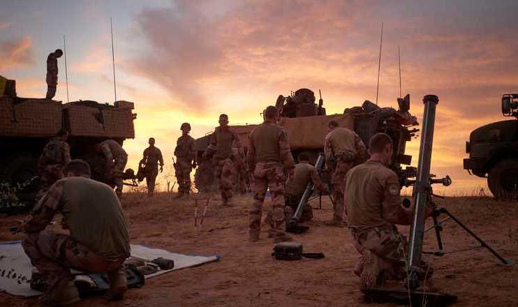 Околу 600 француски војници се заразени со корона вирусот