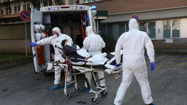 Бројот на починати во Италија од коронавирус надмина 10 000 лица