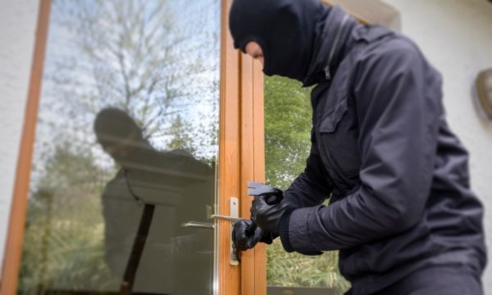 Крадец од Крива Паланка приведен – Ограбил куќа во Илинден
