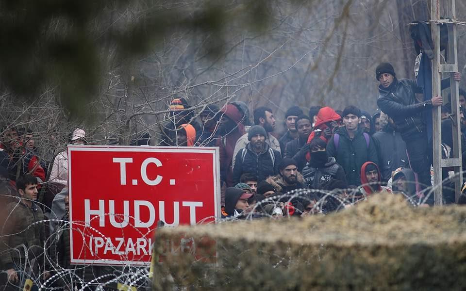 Борел до Турција: Не сме да се користат мигрантите како средство за преговарање