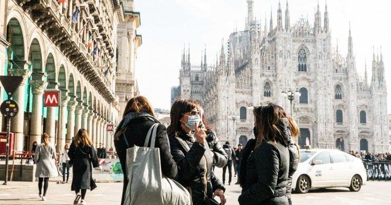Милано град на духови: Плоштадите и улиците полупразни со мал број туристи и граѓани
