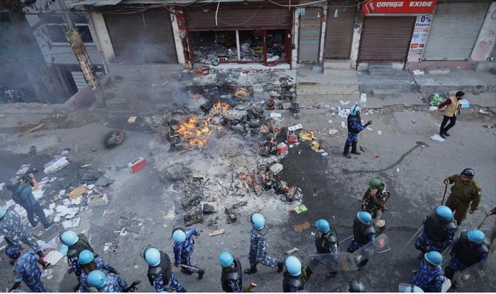Во судирите во Њу Делхи, најмалку 20 загинати и околу 190 повредени