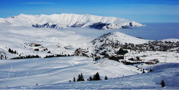 Најстудено во Битола, најмногу снег на Попова Шапка