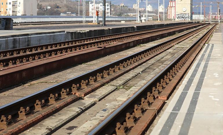 Прекината блокадата на железничкиот транспорт