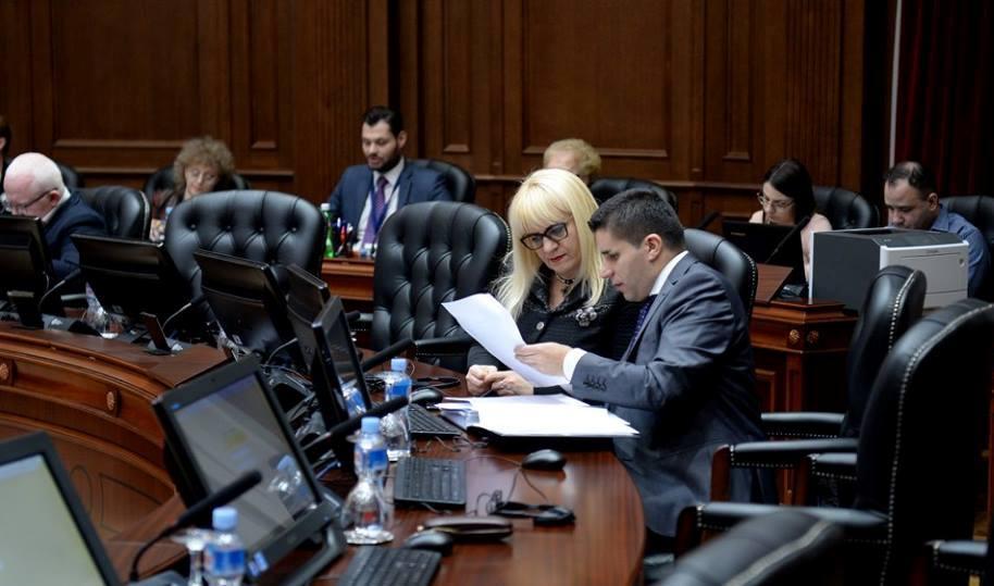 СДСМ со предлогот за укинување на финансирање на партиите ја отвора вратата за корупција