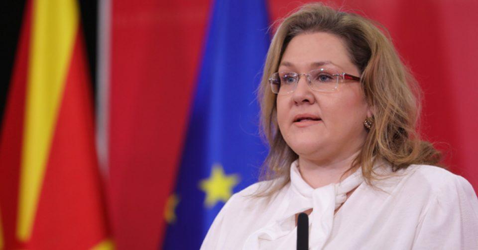 Петровска: Постапката за чизмите ја водел поранешнииот помошник министер Ѓоко Поповски