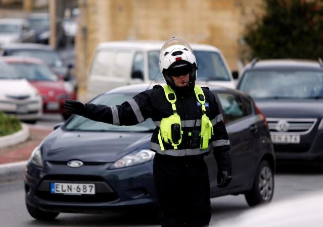 На Малта се уапсени повеќе од половина сообраќајни полицајци