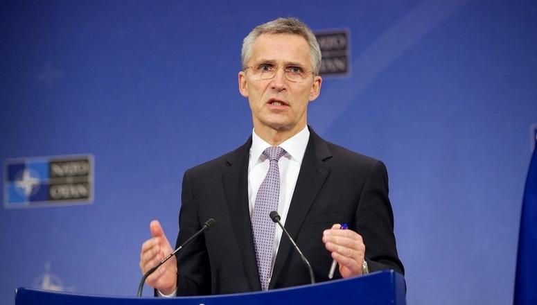 НАТО сака подобри односи со Русија, вели Столтенберг