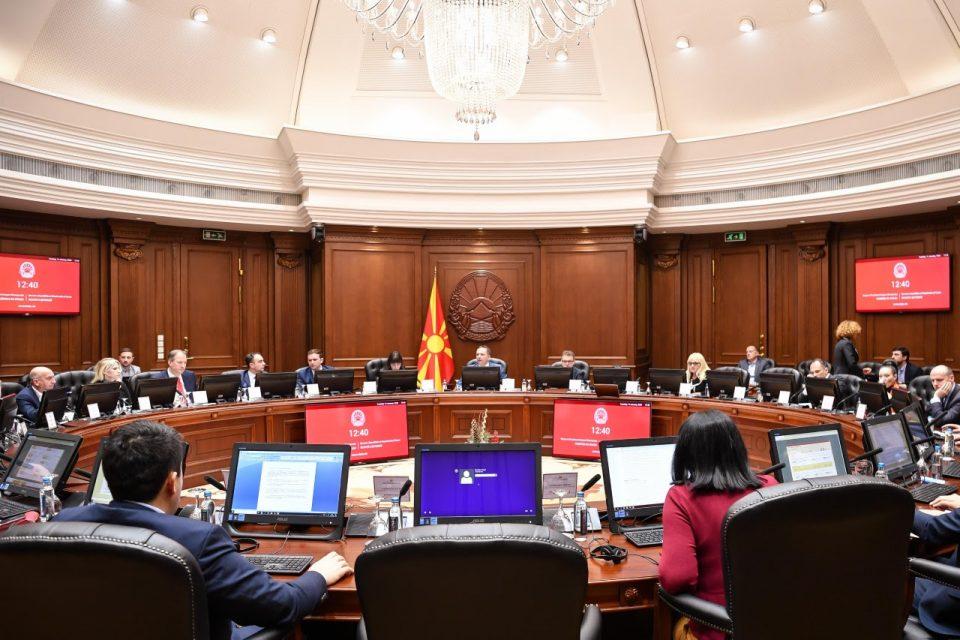 Владата бара дипломатите да не бидат изземени од задолжителниот карантин