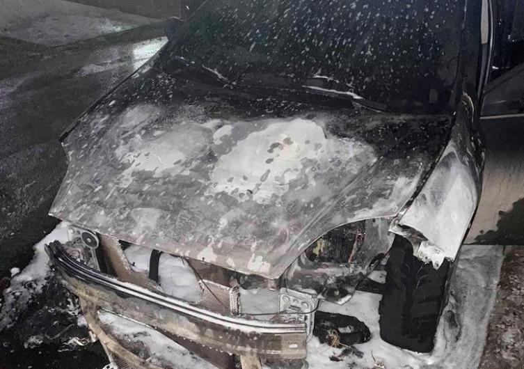 Опожарено возило на јавен обвинител
