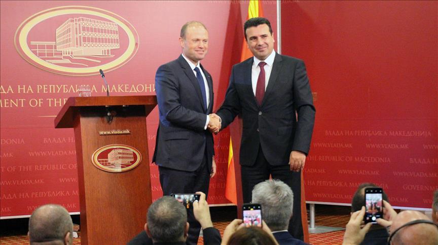 Албанските медиуми објавуваат нов голем скандал во кој е вмешан Заев