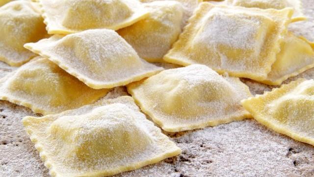 Во Италија продажбата на тестенини зголемена за 65 отсто, еве што друго се троши