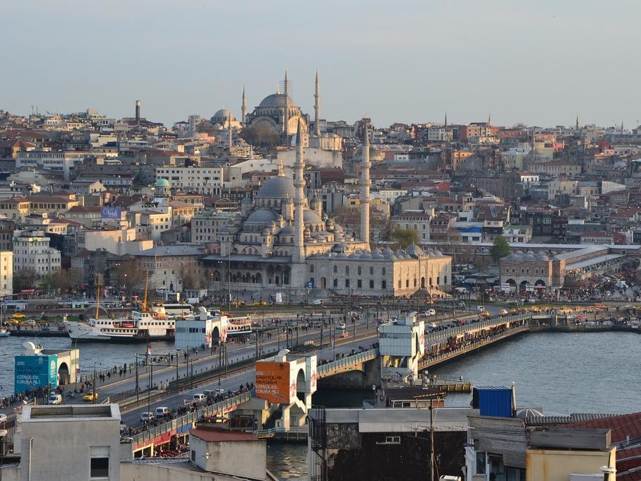Се откажуваат Истанбулските тури предвидени за 8-ми март