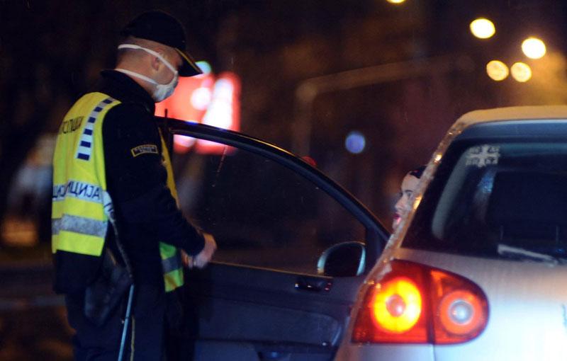 """Директорот на """"Македонија пат"""" не застанал на полициска контрола за време на полициски час"""