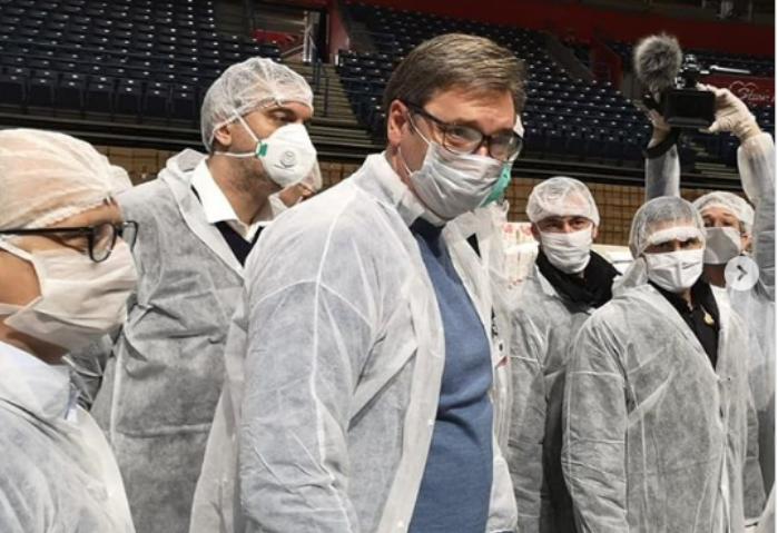 Вучиќ: Болниците се полнат, ќе има повеќе жртви бидејќи се повеќе луѓе се на респиратор