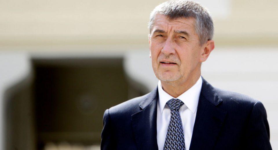 Чешкиот премиер побара да им забрани на Италијанците да патуваат во Европа