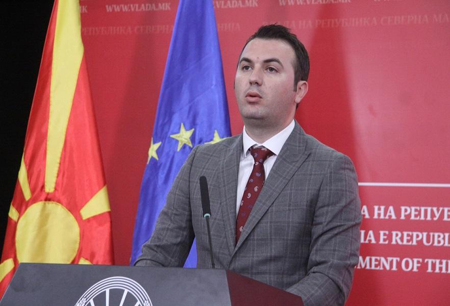 Адеми нервозен кажал дека нема да признае попис ако Албанците бидат под 20 отсто