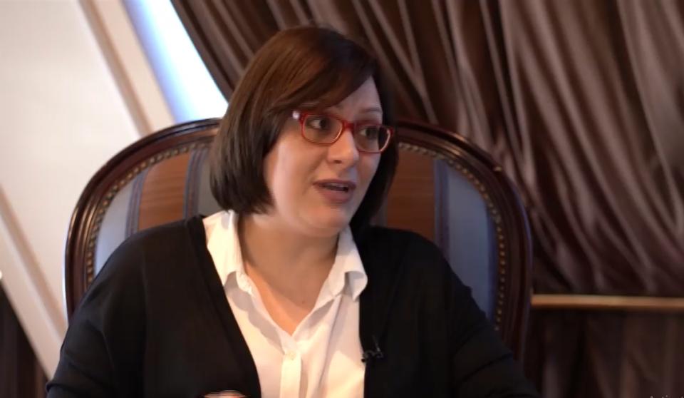 Димитриевска-Кочоска: До крајот на месецот се очекуваат понудите од банките за 400 милиони евра