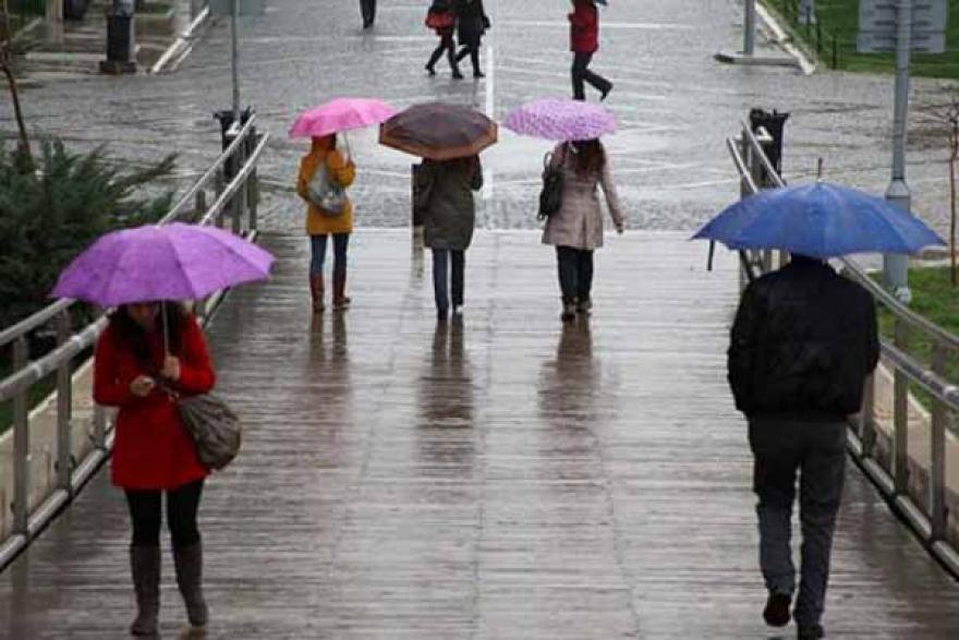 Повремени врнежи од дожд со северен ветер