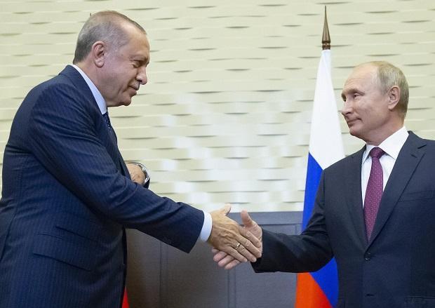 Путин и Ердоган се договорија: Изготвен документ за решавање на состојбата во Идлиб