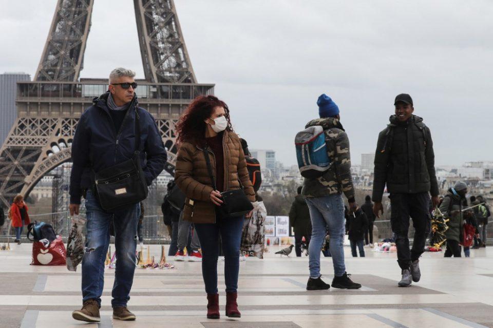 Најмалку 10 отсто од студентите во Франција ги загубиле работните места