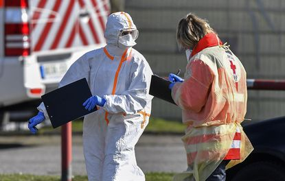 СЗО: Пандемијата се забрзува