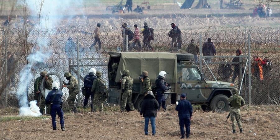 Турција распоредува илјада специјалци на границата со Грција за да го спречи враќањето на мигрантите