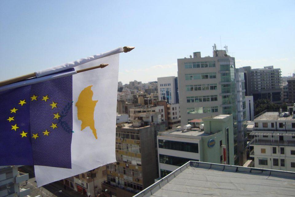 И на Кипар се воведува целосна забрана на движењето на грѓаните